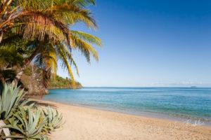 Magnifique plage tropicale de rêve de Nosy Be, Madagascar