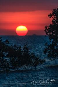 Coucher de soleil sur la baie d'Antsiranana (Diego Suarez) au nord de Madagascar