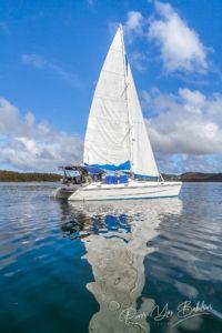 Catamaran de luxe en croisière dans la baie des Russes de Nosy Be, Madagascar