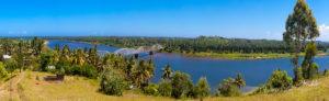 Vue panoramique sur la rivière Ivondro, Tamatave, Madagascar