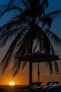 Coucher de soleil sur Nosy Saba, Madagascar
