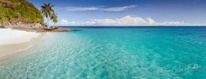 Panorama de la plage et de la lagune depuis Nosy Tsarabanjina, Madagascar