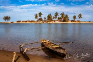 Pirogue à balancier à Belo sur Mer, Madagascar