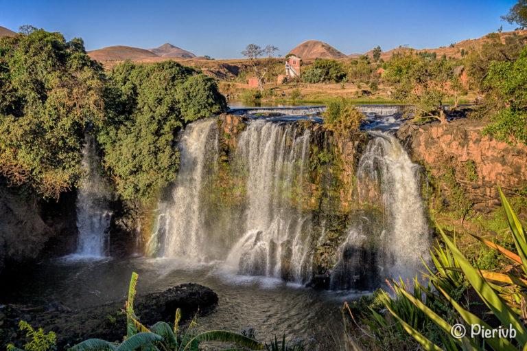 Les chutes de la Lily à Ampefy, Madagascar