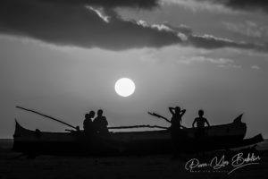 Fin de journée sur la plage de Morondava dans l'ouest de Madagascar