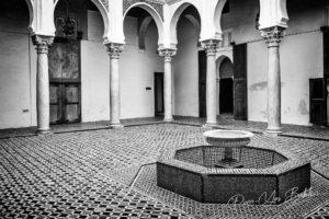 La place du Musée de la Kasbah à Tanger, Maroc
